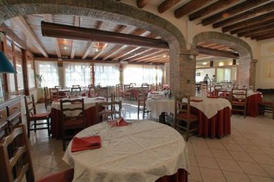 Pictures  Alla Corte's Restaurant