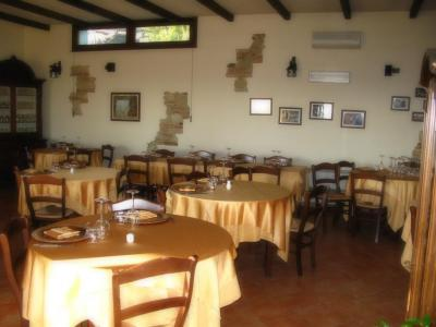 Pictures  La Cantina In Collina